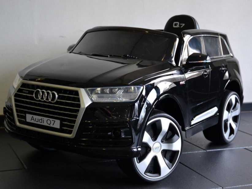 Audi Q7 S-Line kinderauto 12V 2.4G Metallic Zwart