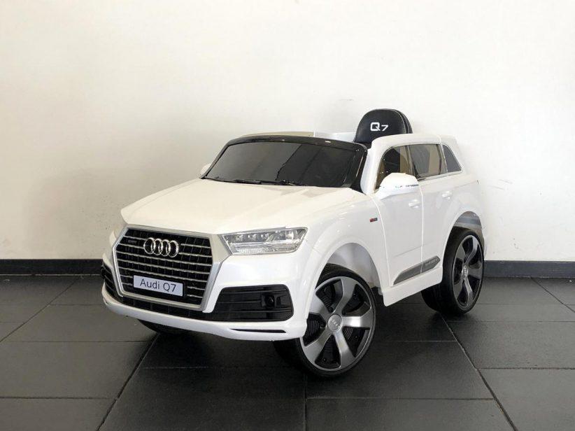 Audi Q7 S-Line accu auto kind 12V 2.4G Wit