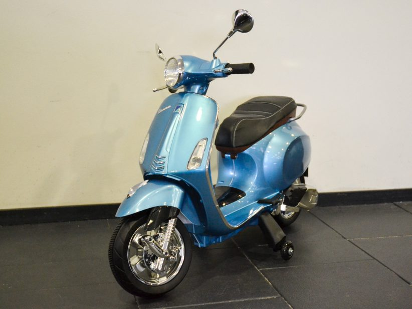 Vespa Primavera 12V elektrische kinderscooter Blauw metallic