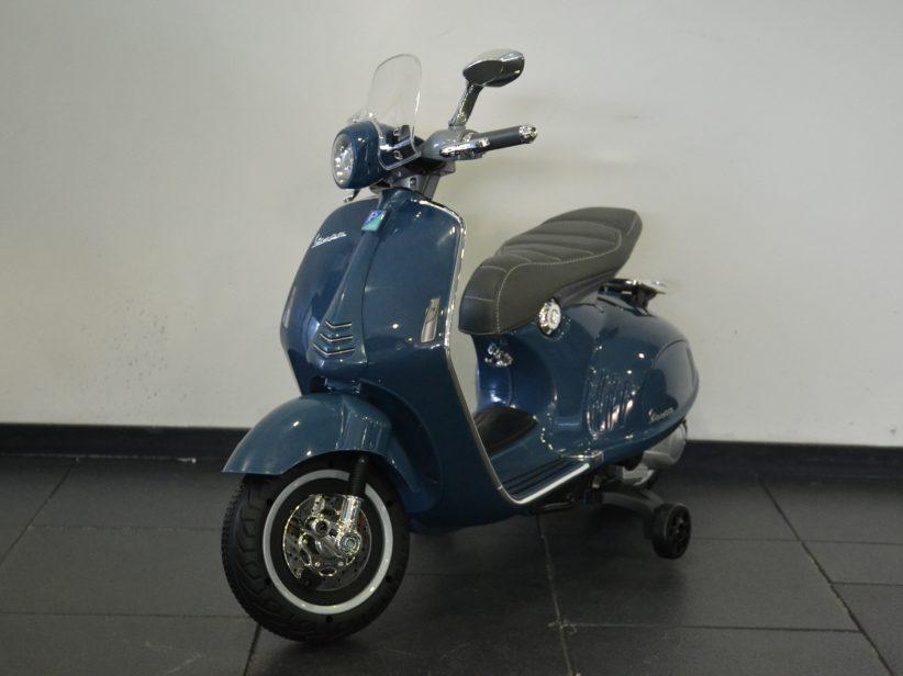 Vespa 946 Kinderscooter 12 Volt Blauw
