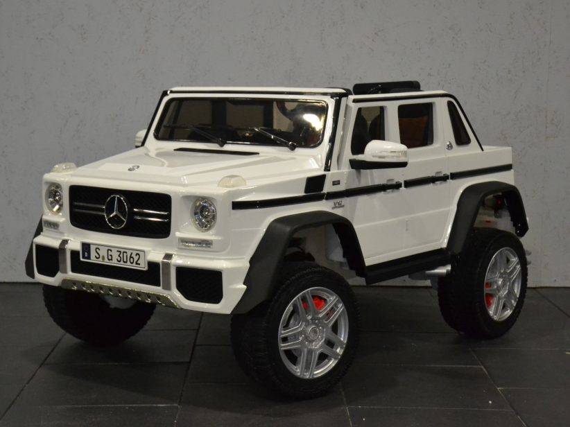 Mercedes Maybach G650 kinderauto 2 pers. 2.4G RC en MP4 TV Wit